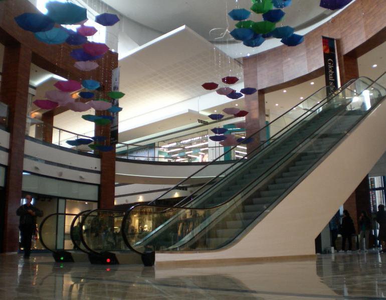 Girls hook up galleria mall